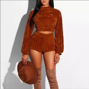 NWT Rust Cropped Sweater and Short Set